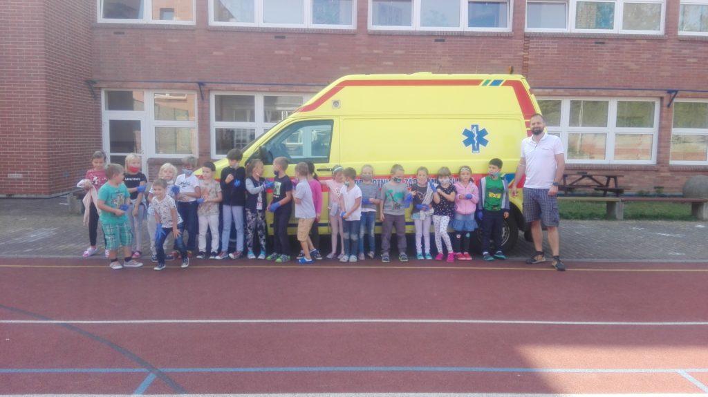 Záchranáři do škol – třída 1. B