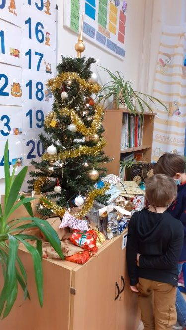 Vánoční dílničky a besídka